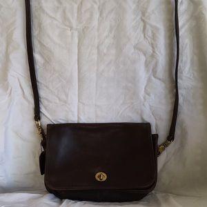 Vintage Coach bag, number J8H-9755